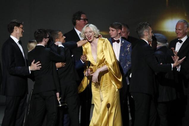 Стали известны все победители премии ''Эмми'': яркие фото