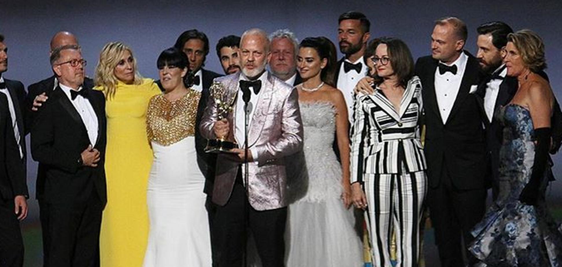 Премия 'Эмми-2018': кто из звезд впечатлил нарядом