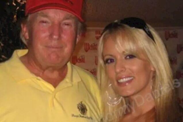 """""""Похож на поганку"""": спавшая с Трампом порноактриса раскрыла его интимную особенность"""