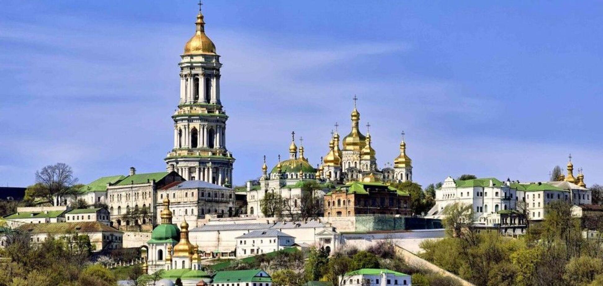 'Окупували нашу лавру!' Москву викрили в замаху на головну святиню Києва