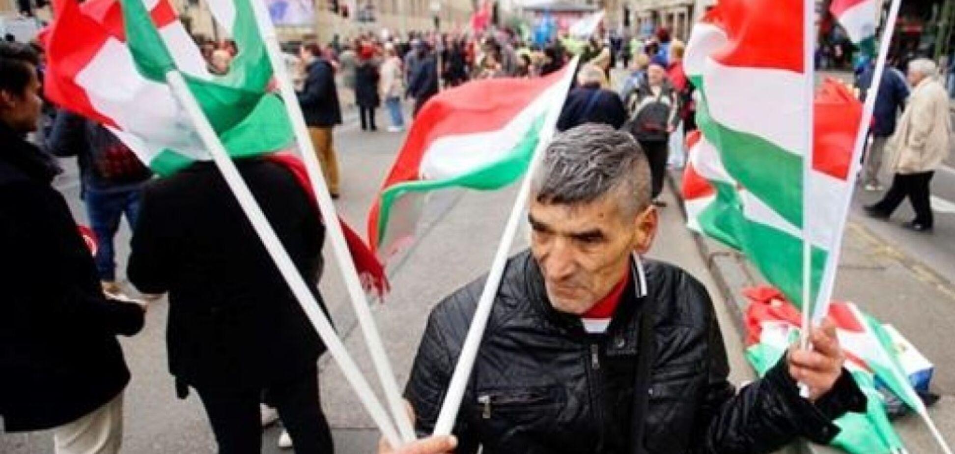 ''Готовятся к оккупации'': украинцы опасаются проделок Венгрии на Закарпатье