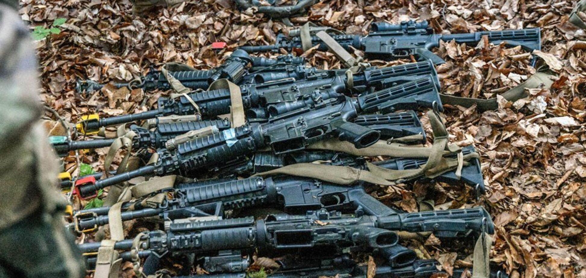 Українські десантники ''захопили'' італійських спецназівців: фото операції