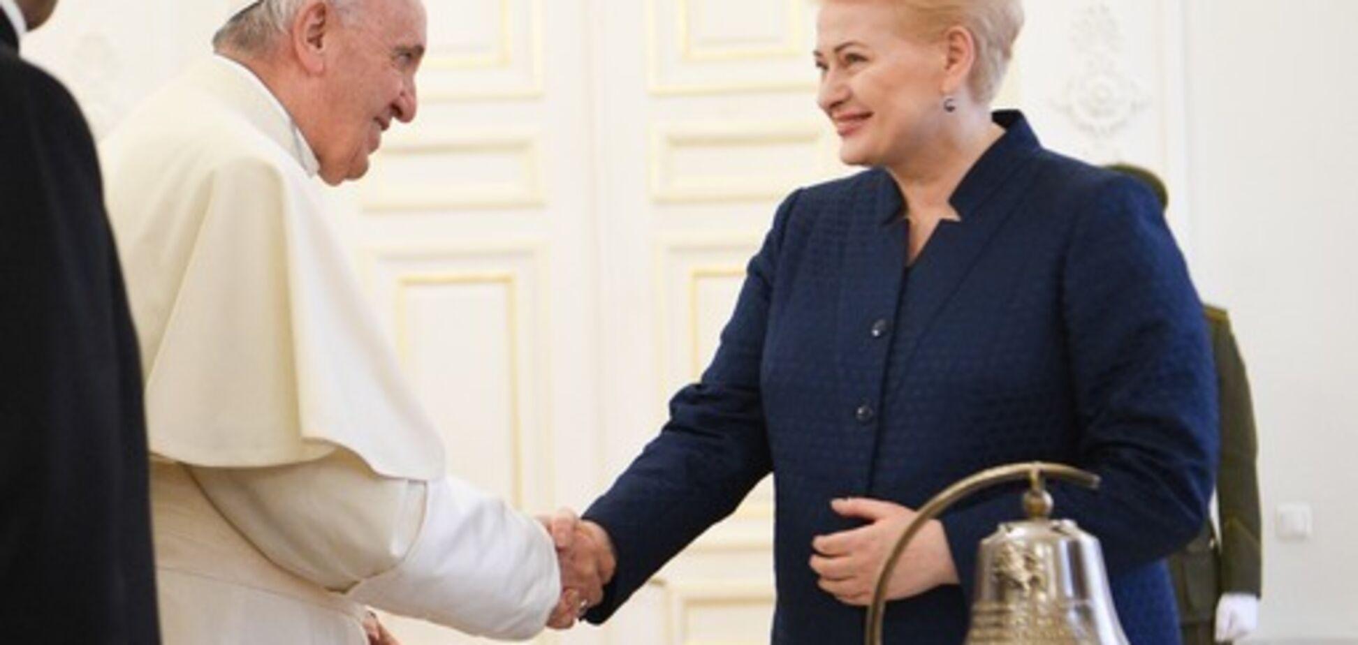 Помогал бороться с СССР: Папа Римский приехал с апостольской миссией в страны Балтии