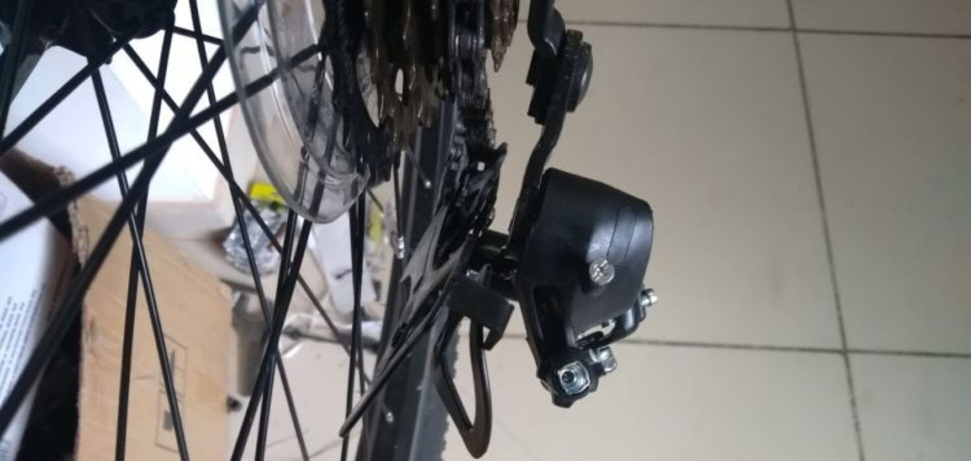 В Запорожской области 10-летнему ребенку проткнуло ногу деталью велосипеда