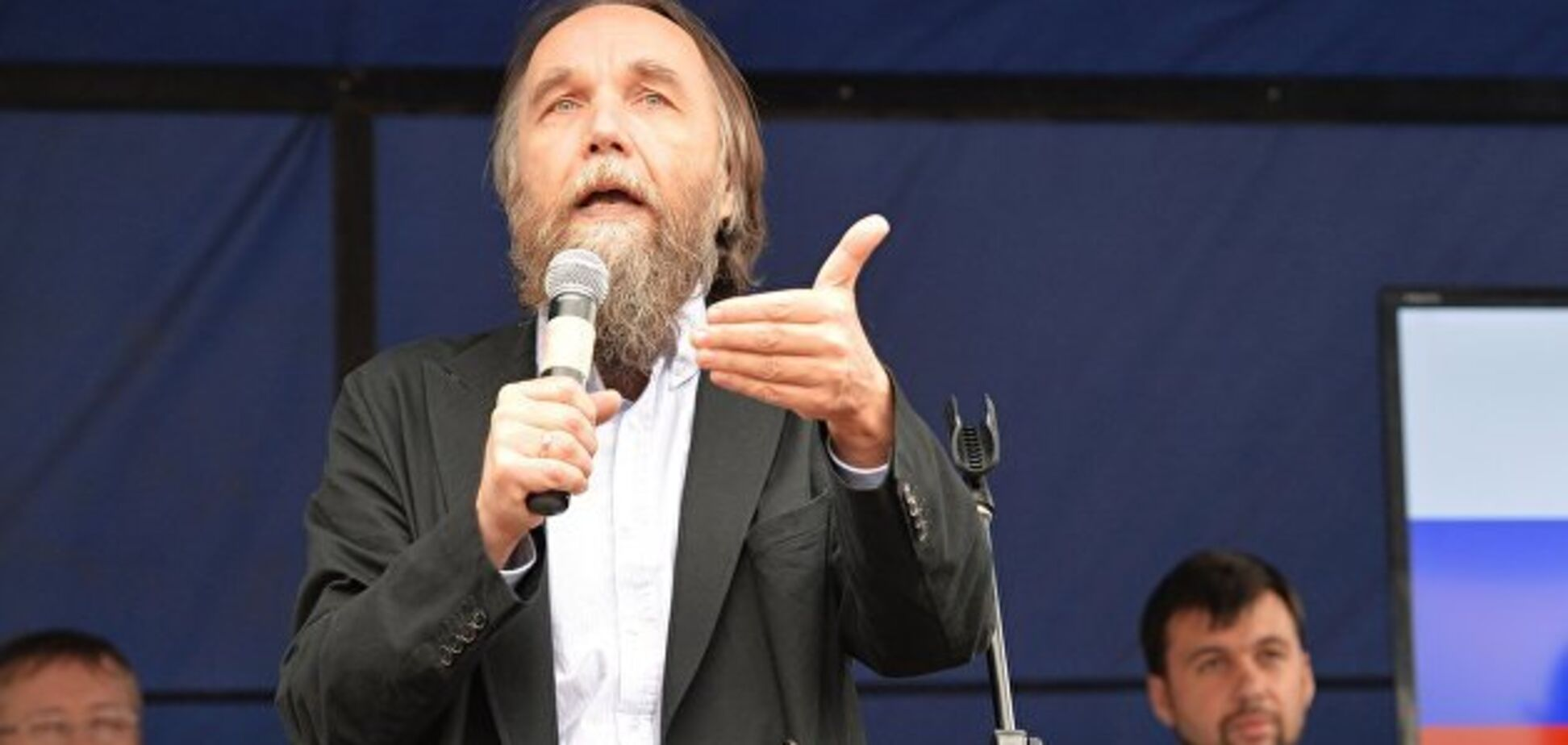 Україна заборонила в'їзд скандальному ідеологу ''Новоросії''