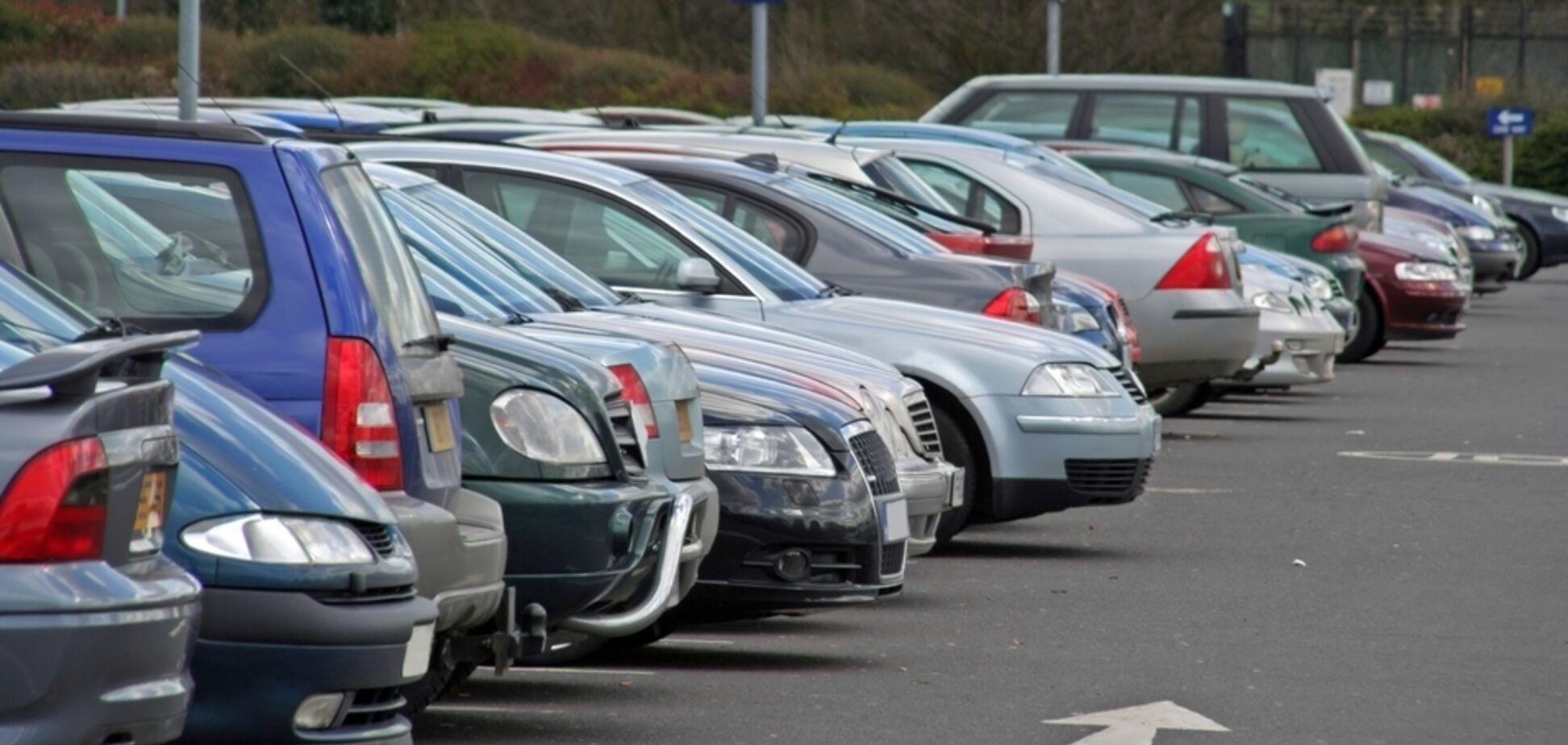 В Україні вводять нові правила паркування: що зміниться