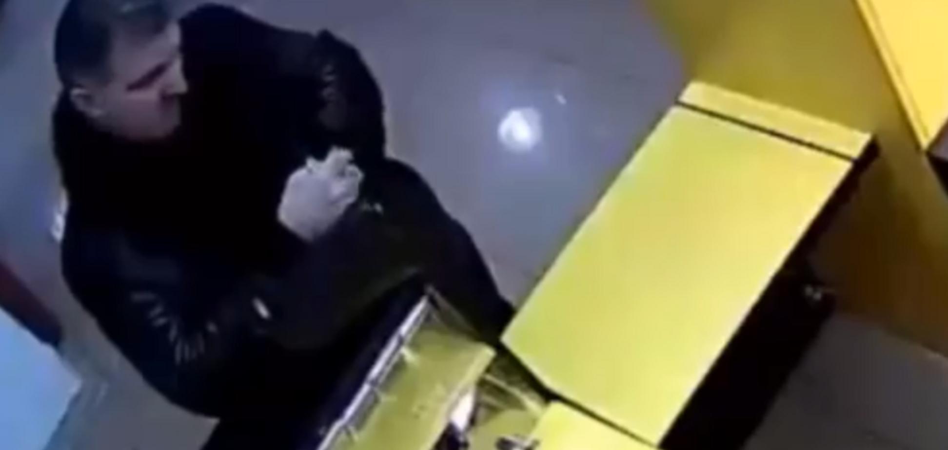 Покушение на Окуеву: появилось видео еще одного преступления киллера