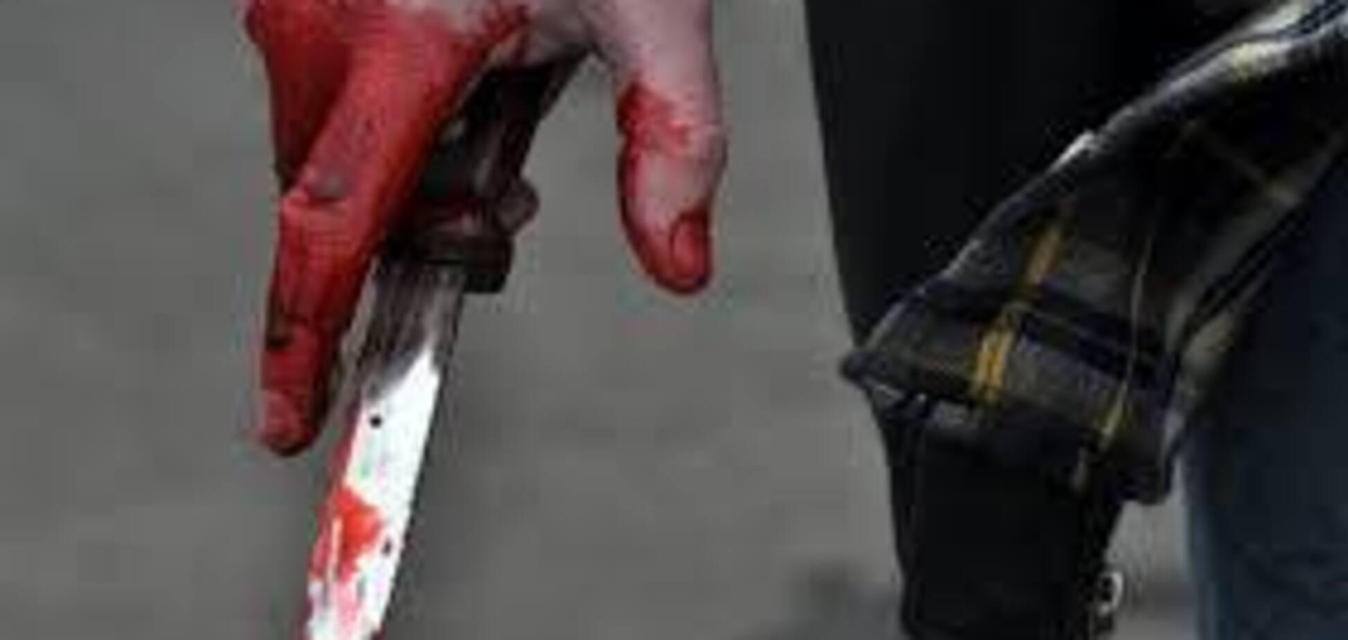 В Запорожской области мужчина в пьяном угаре пытался зарезать своего младшего брата