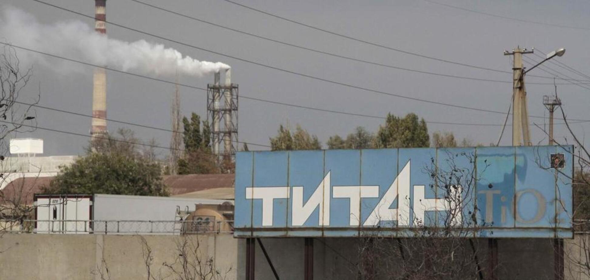 Люди бегут, орудуют мародеры: Армянск превратился в город-призрак после кислотной атаки