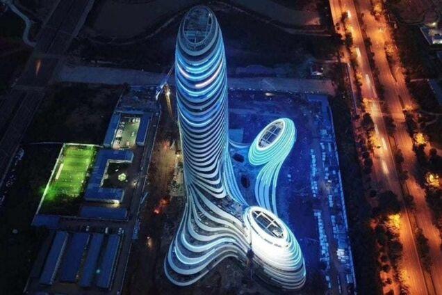 ''Дедушка Фройд аплодирует'': китайцы опозорились с ''неприличным'' небоскребом. Фото и видео здания