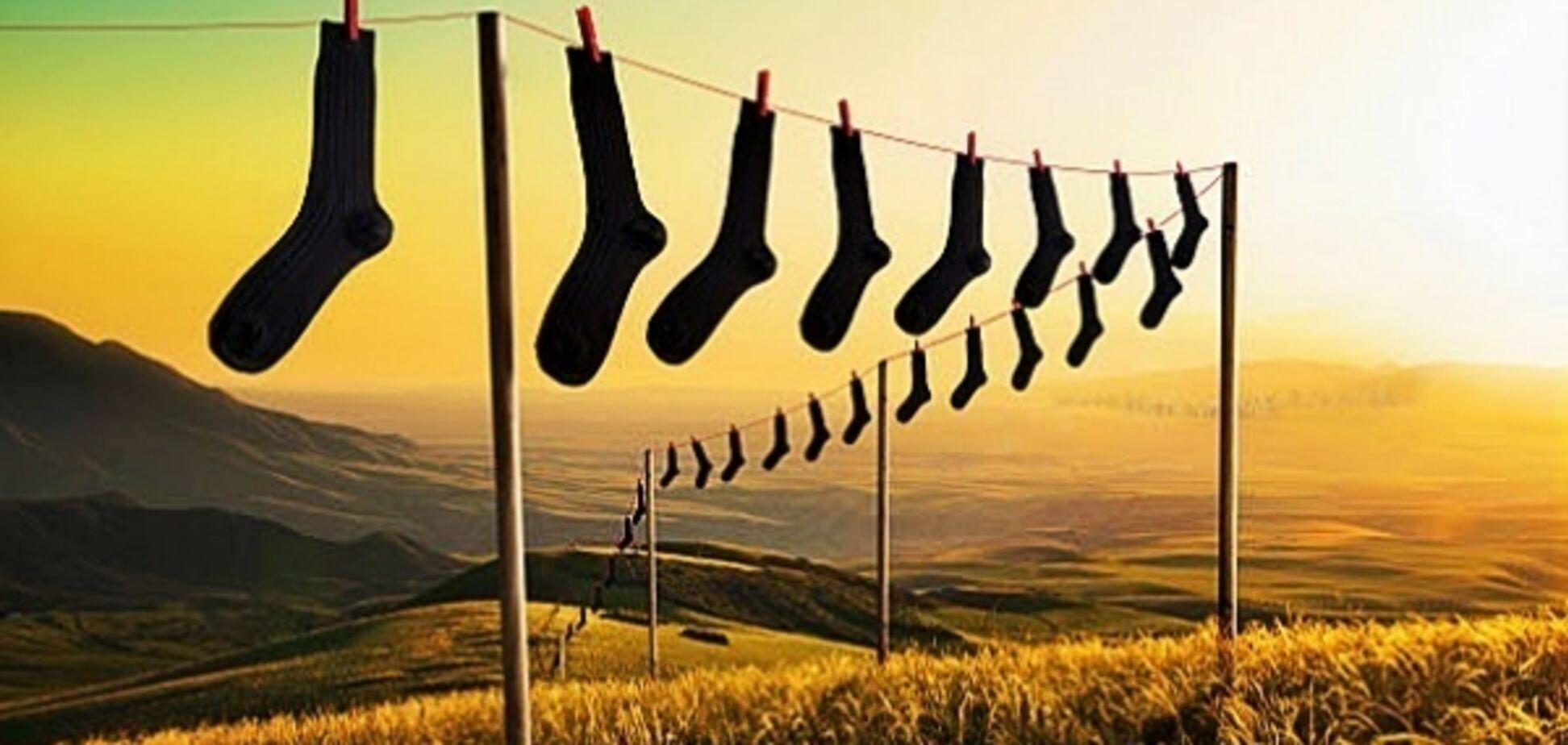 Как приучить мужчину складывать носки по месту назначения?
