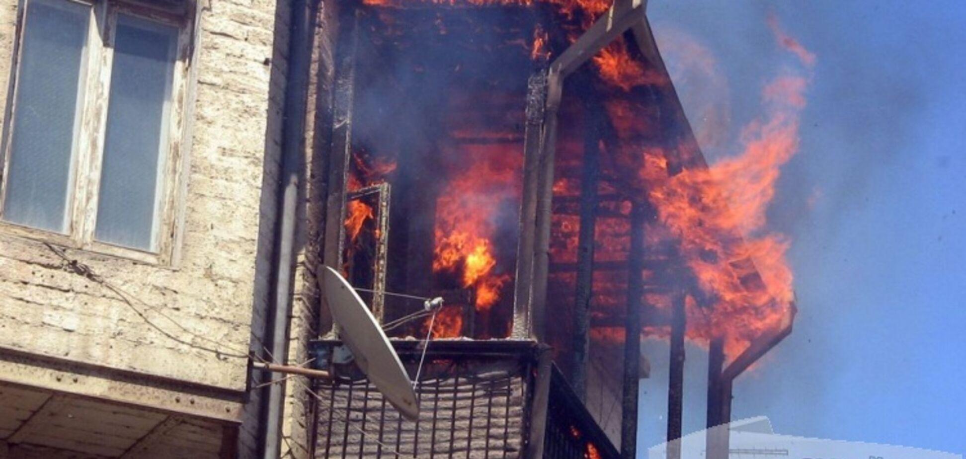 В Запорожье мужчина едва не сгорел в собственной квартире