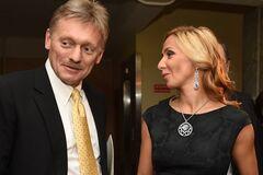 ''Особлива країна Скрепостан'': дружину Пєскова висміяли за ''традиційні'' хрестини