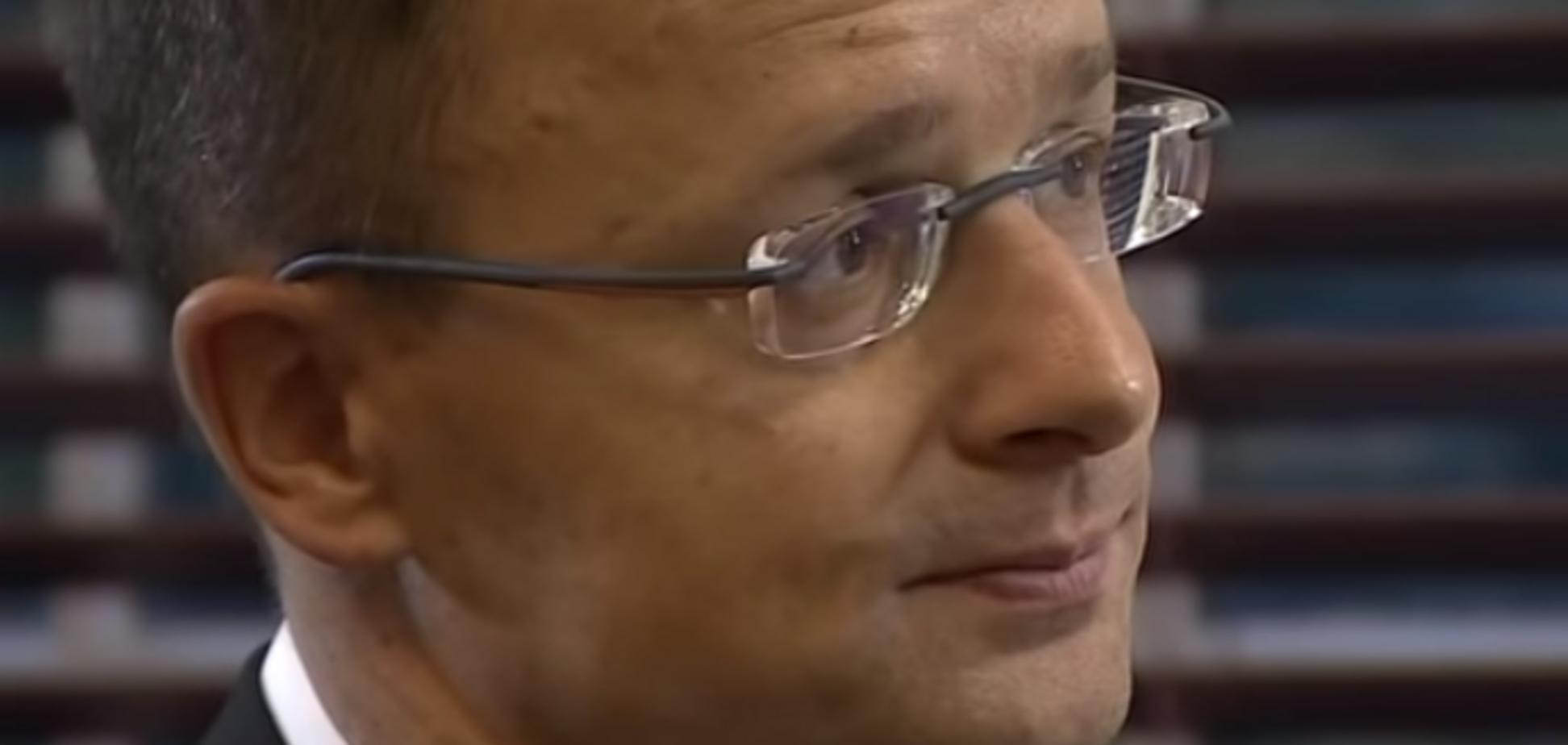 Глава МИД Венгрии ''пригрозил'' Украине НАТО: Киев уличил росТВ в фейке