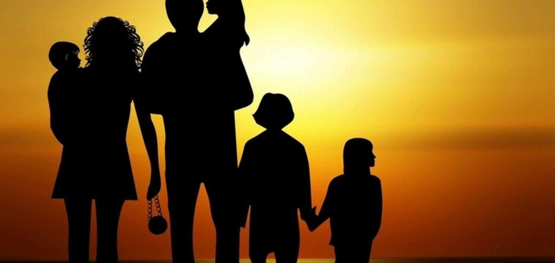 Многодетные семьи: стоит ли рожать детей