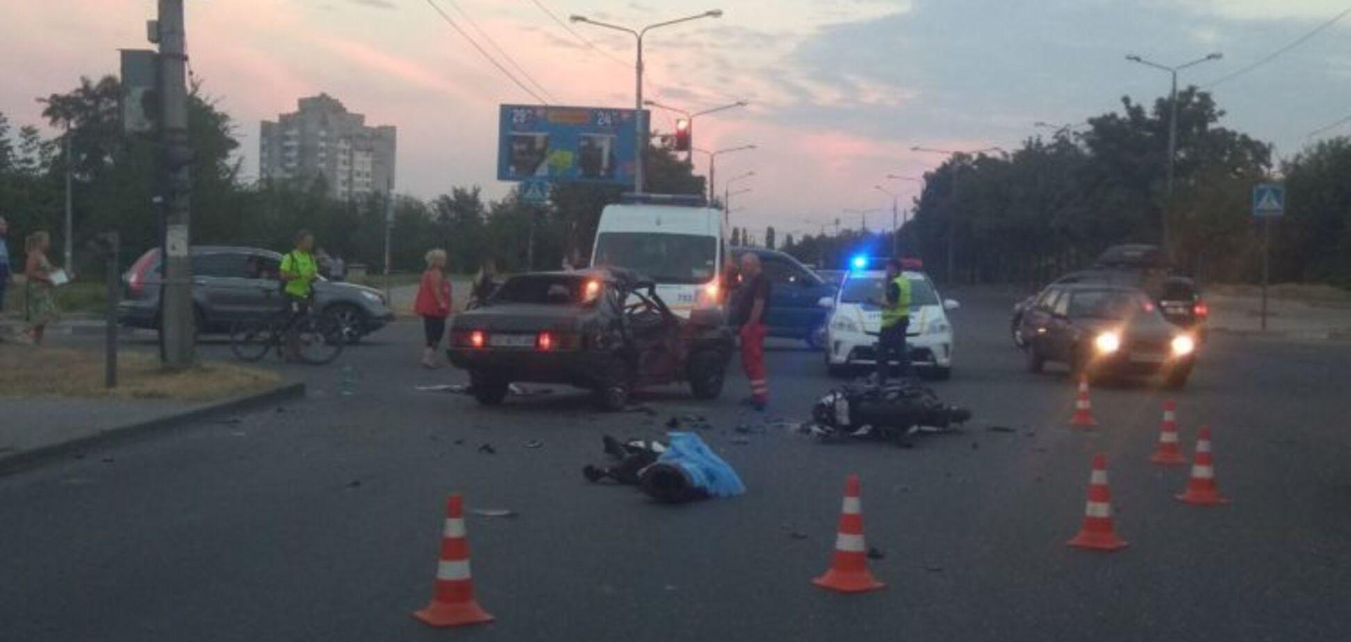 В Запорожье в результате аварии погиб водитель спортивного мотоцикла