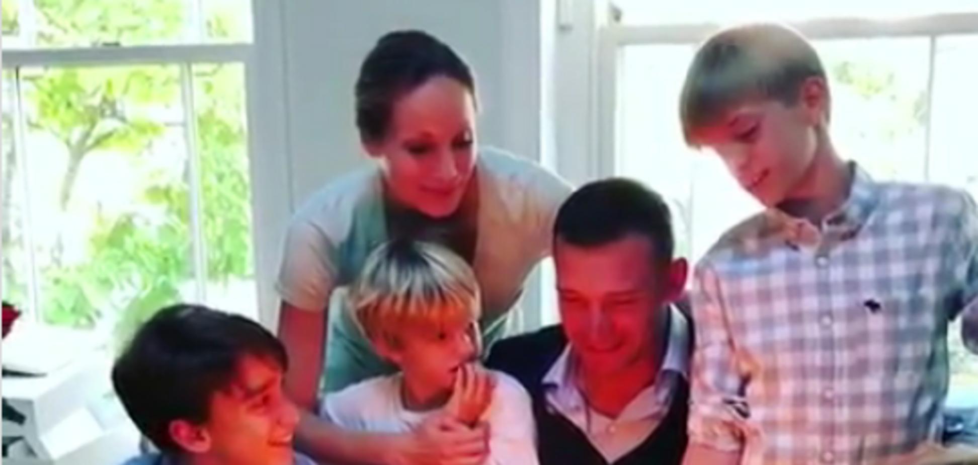 Андрій Шевченко показав, як його привітала дружина і діти