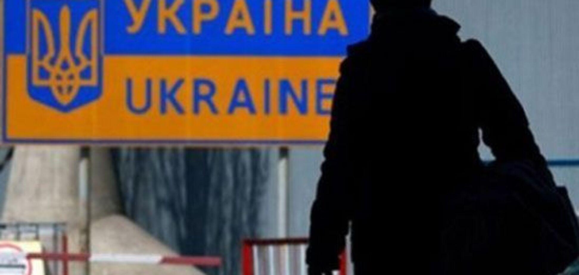Їдуть назавжди: Клімкін оголосив про демографічну катастрофу в Україні
