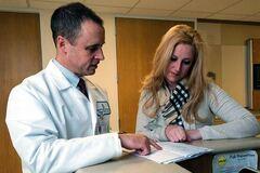 Аборт на пізньому терміні: відомий гінеколог запропонувала зняти ліміт