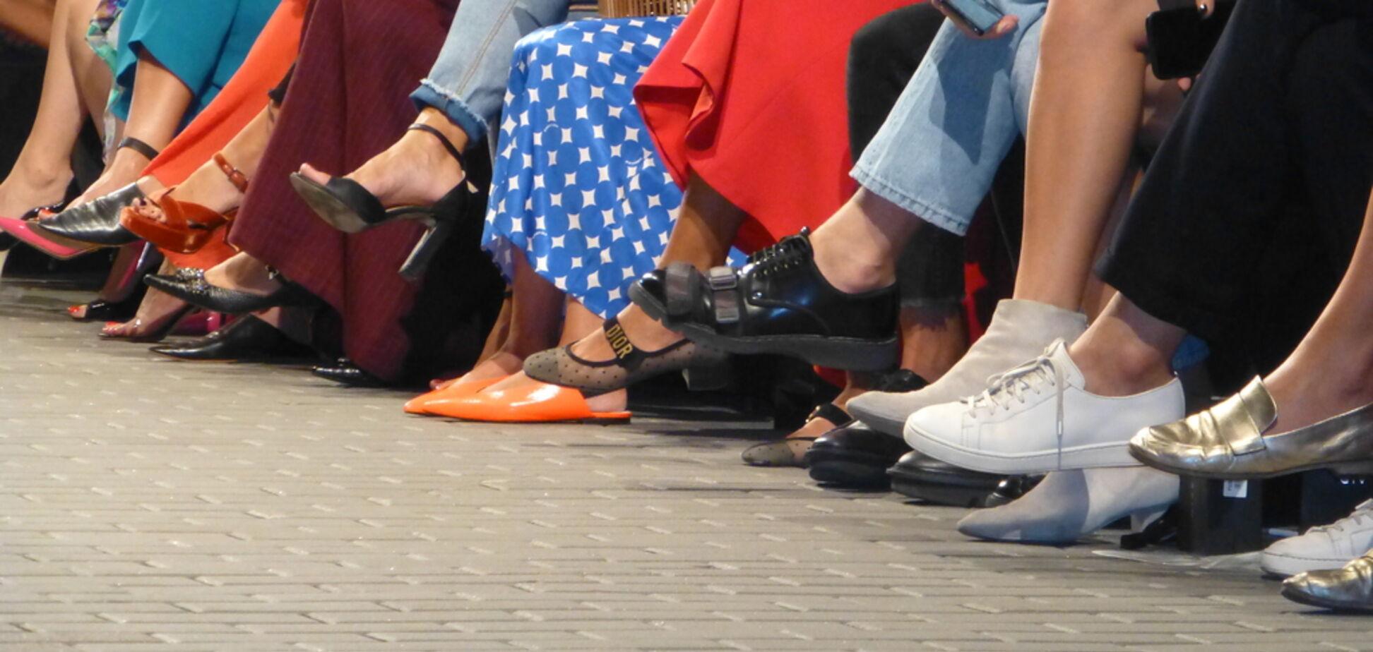 Мюлі і потворні кросівки: що взувати, якщо ти головний модник в Києві
