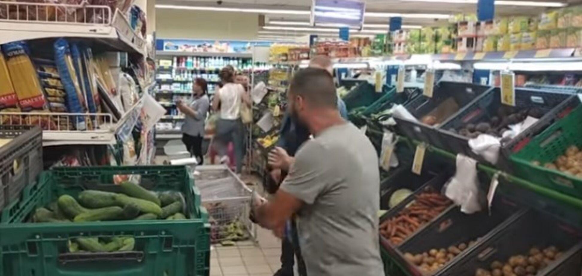 У Харкові блогер розгромив відомий супермаркет: що сталося