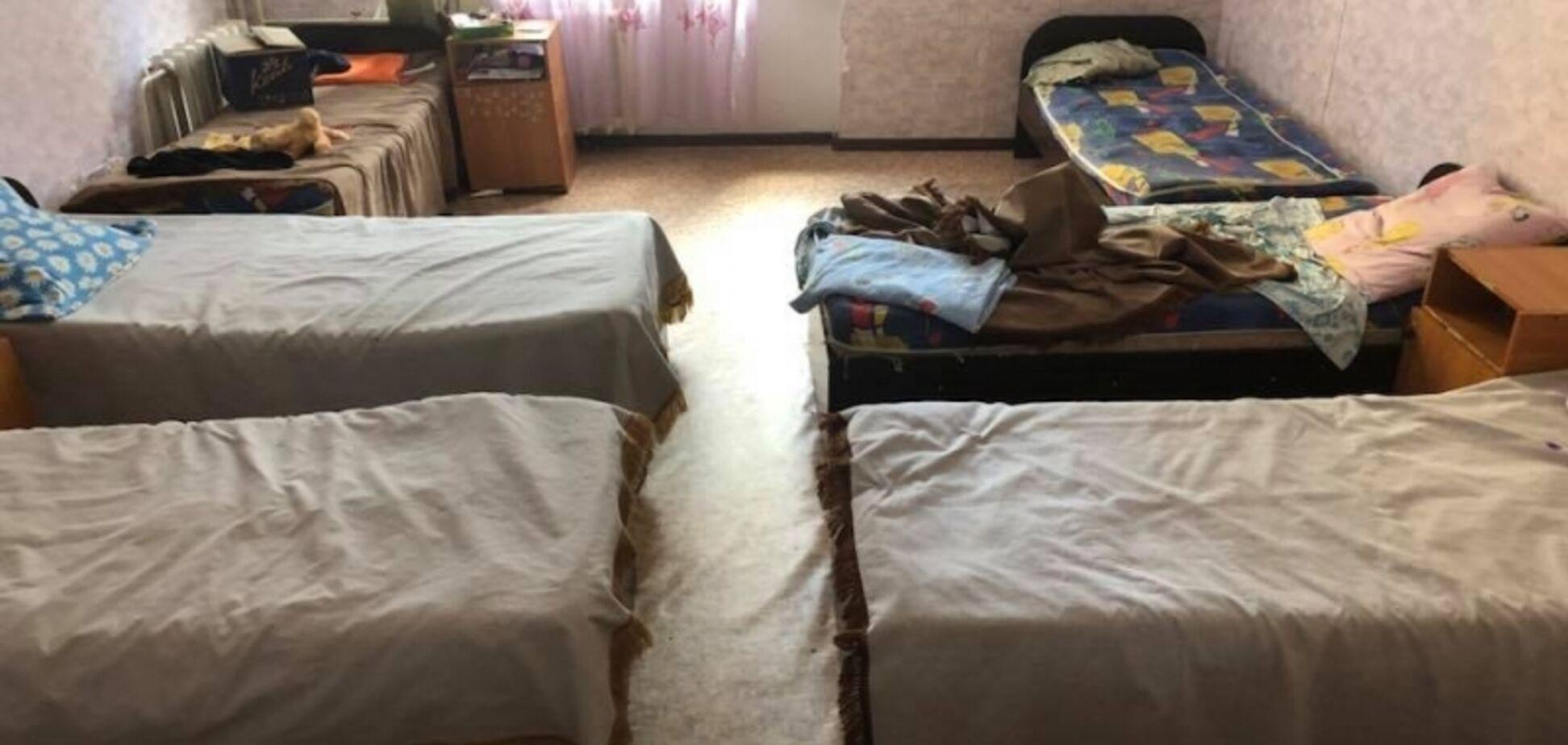 Спал три месяца под кроватью. Как издеваются над детьми в приюте на Одесщине
