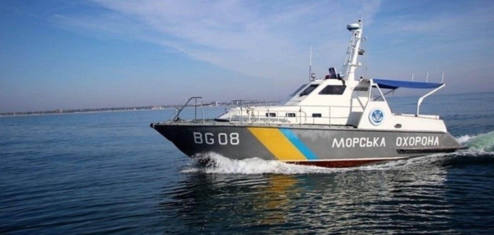 Украина направит в Азовское море военные корабли: названа причина