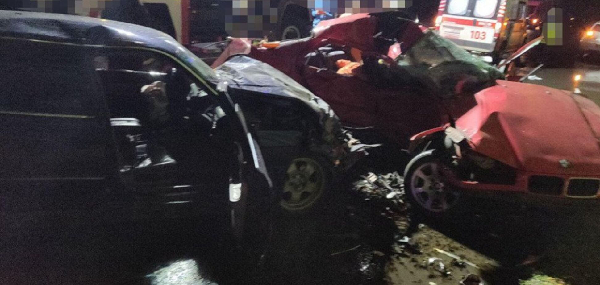 Тела вырезали из авто: под Одессой произошло жуткое ДТП
