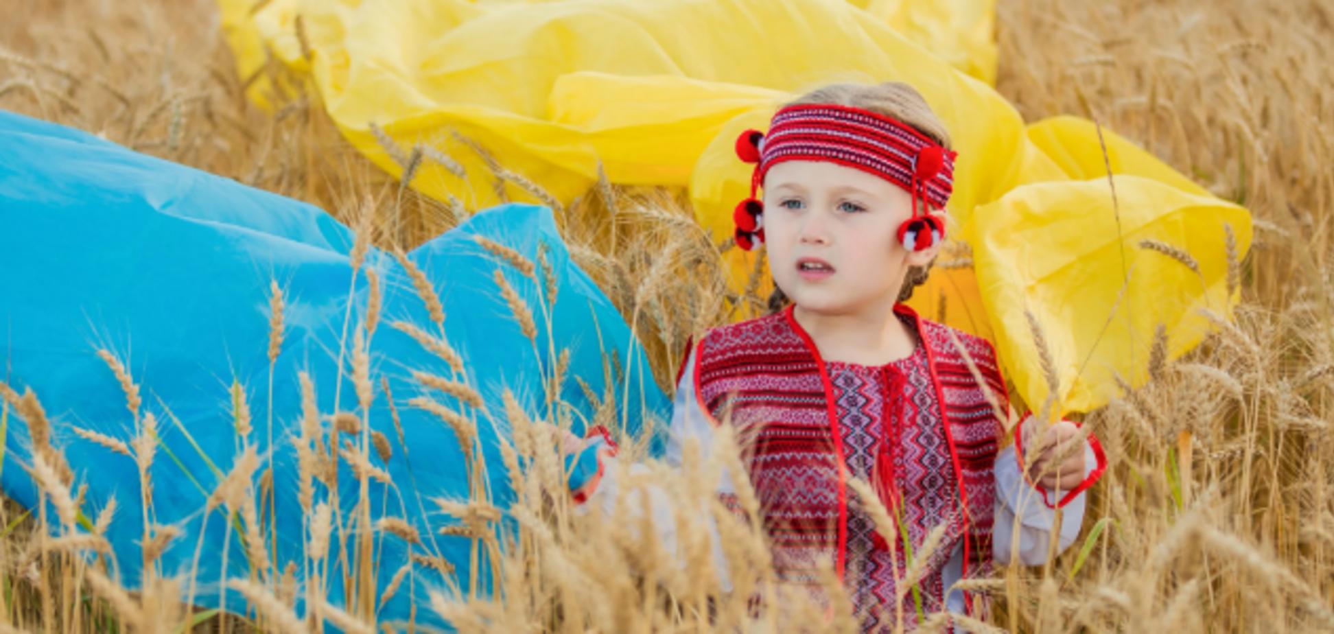 ''От Луцка до Луганска!'' Порошенко выступил с мощным обращением к 'единой Украине'