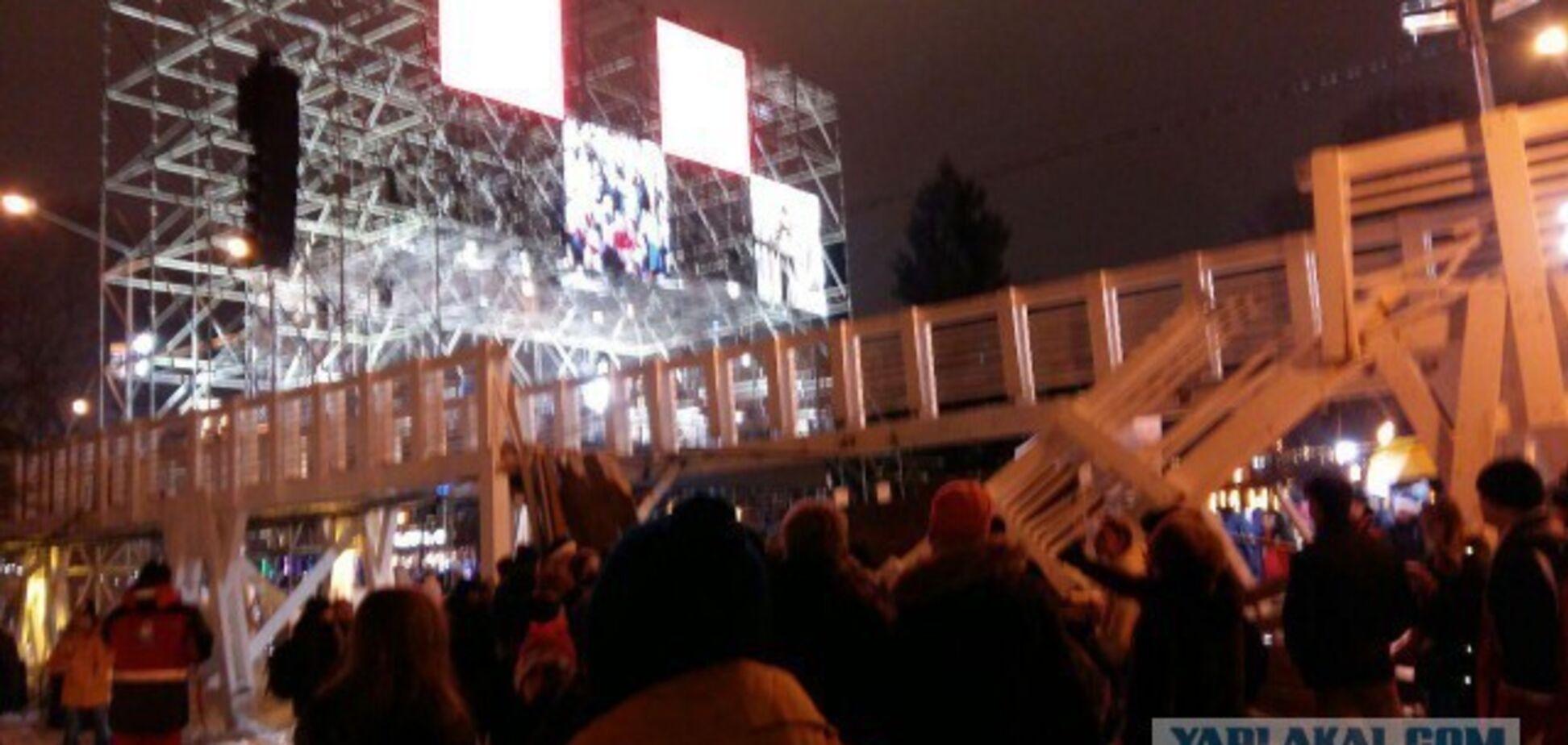 У Москві на людей обвалився міст: з'ясувалася причина моторошної новорічної НП