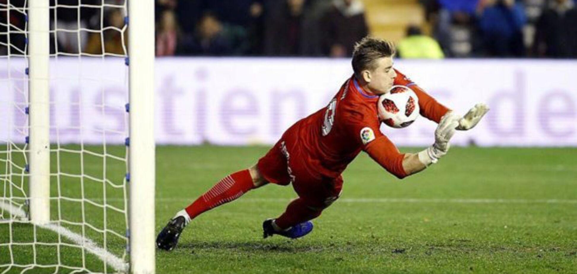 У воротаря збірної України з'явився варіант у Каталонії