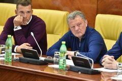 ''У нас война'': экс-тренер сборной Украины отшил работодателей из России
