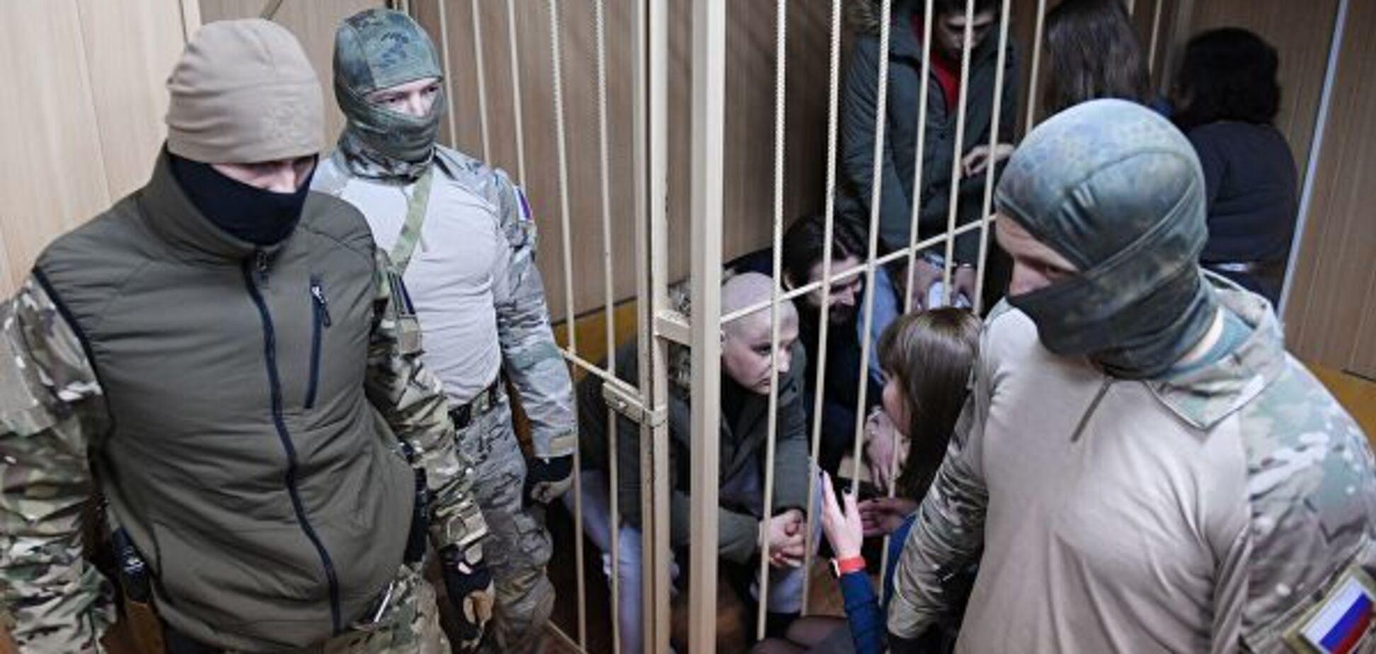 Захваченные украинские моряки - герои!