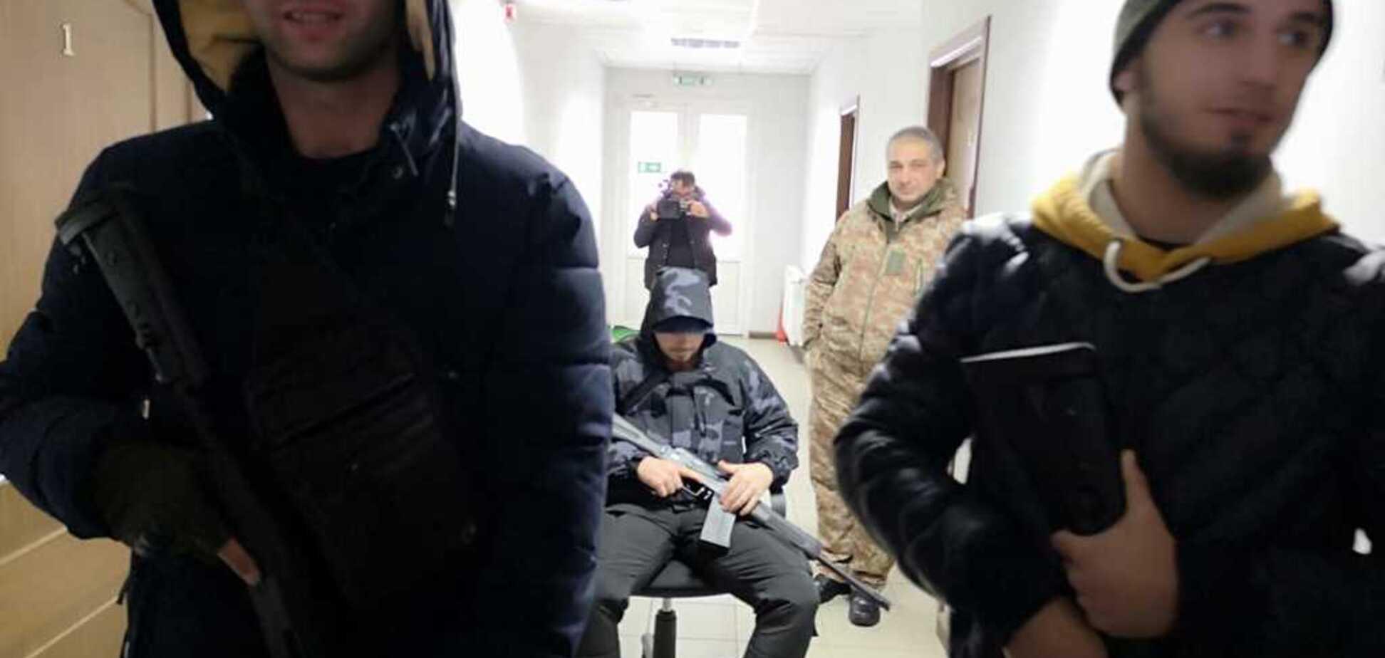 Вооруженные 'титушки' пытались захватить офис агрохолдинга 'Росток-Холдинг' в Киеве