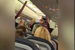 Ждали ''скорые'': в России самолет экстренно сел из-за ЧП