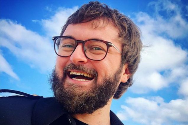 ''Я без бороды!'' DZIDZIO вызвал восторг в сети неожиданным фото