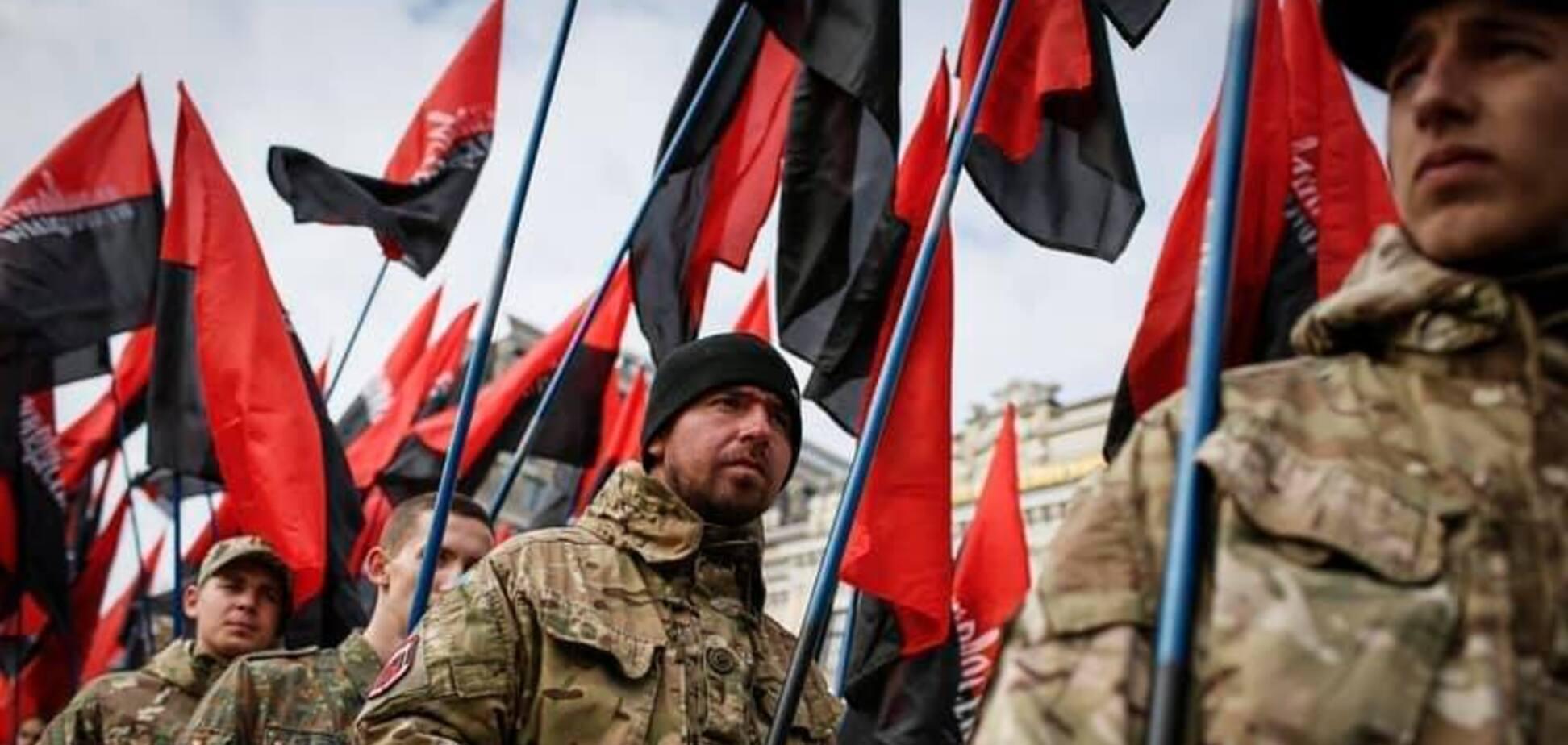 'Поможем обрести независимость': в Правом секторе рассказали, как готовы воевать за Беларусь