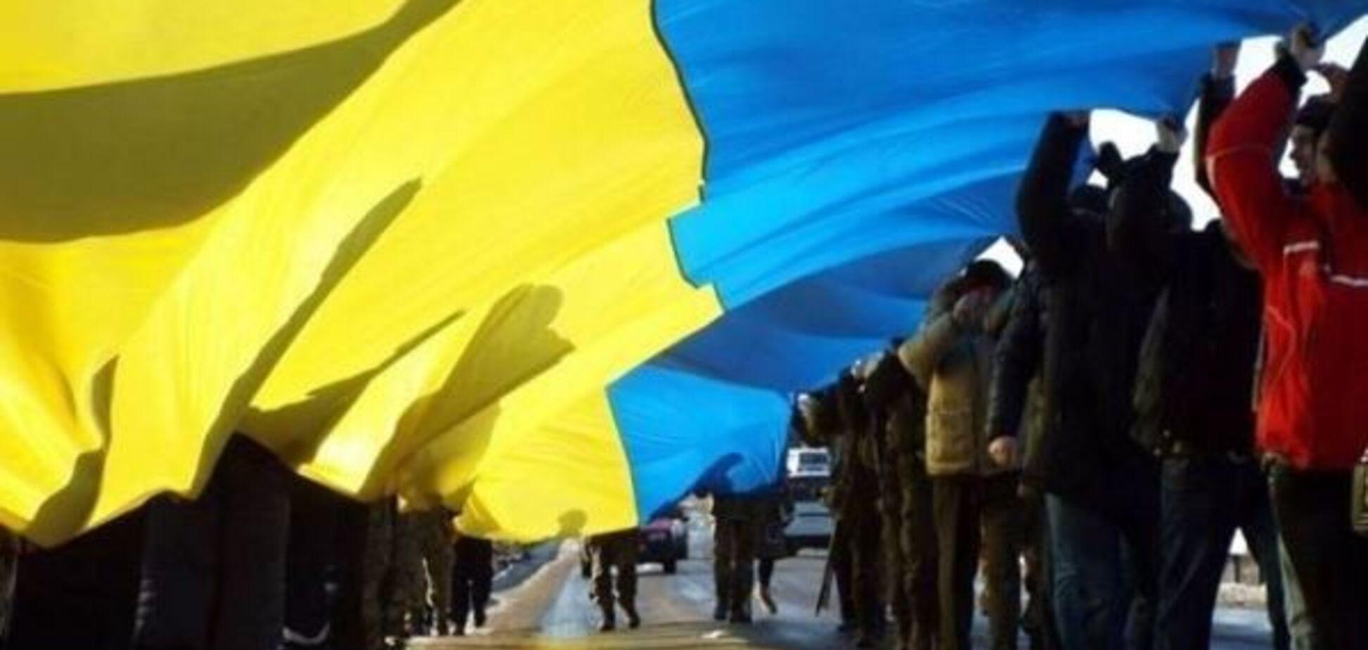 Тюрьма развалилась: украинцы получили свободу