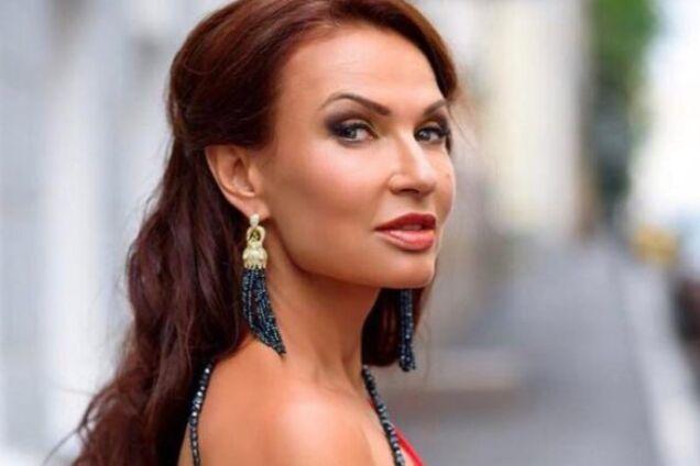 ''В пурпурных пятнах'': известная в РФ актриса рассказала о жути с собой