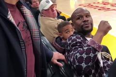 Кулаком у груди: Мейвезер і Пак'яо зіткнулися на матчі НБА