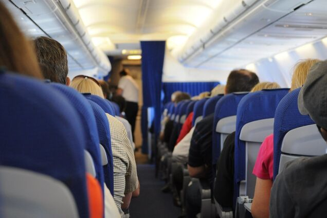 Раскрыты секретные правила поведения в самолете