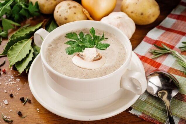 Грибний крем-суп з соусом бешамель