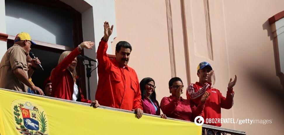По накатанной: Россия встала на сторону Мадуро наперекор США