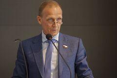 ''Получил по щам'': главу Союза биатлонистов России поставили на место