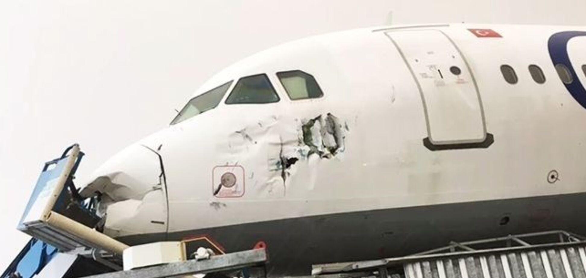 У турецькому аеропорту пройшов потужний смерч: 12 постраждалих