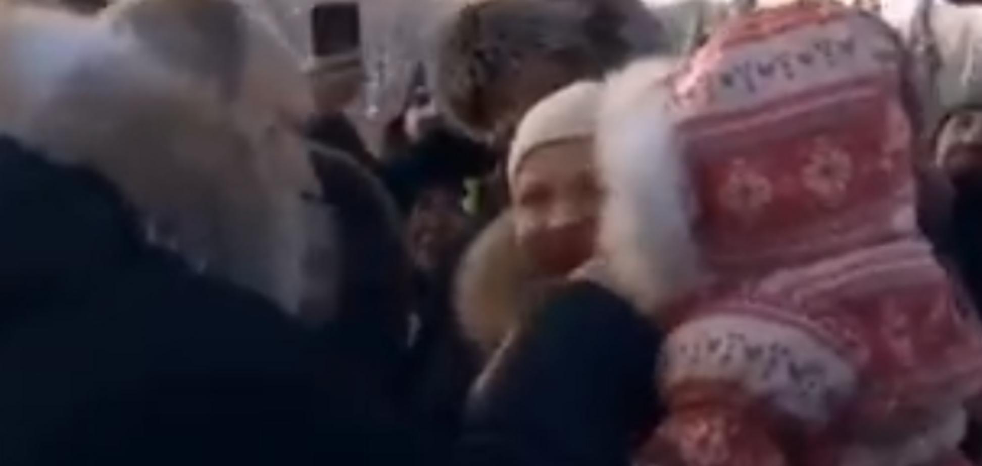 Не втримався: Путін знову виконав дивний трюк із дитиною