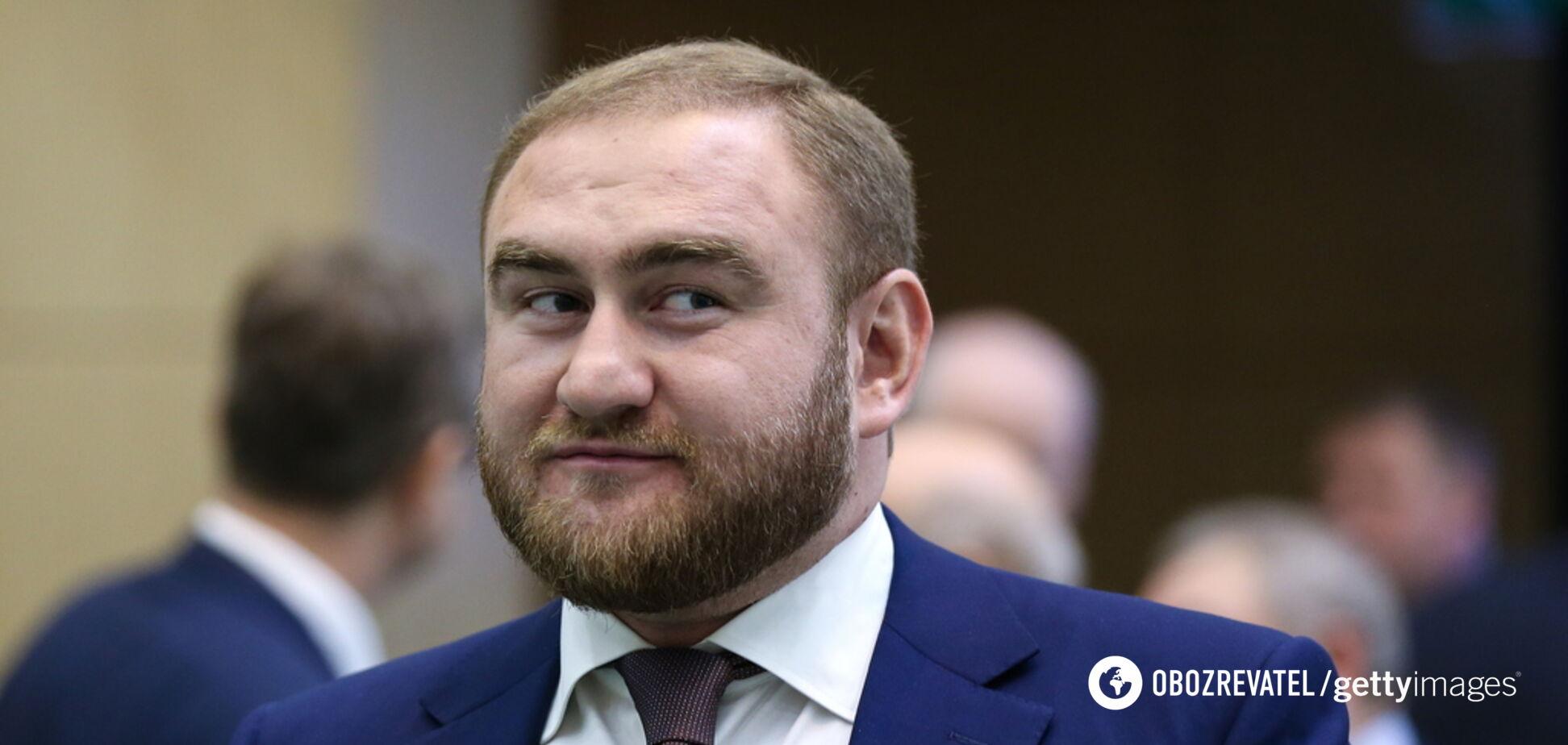 У Росії скандального політика затримали за підозрою у вбивствах: що відомо