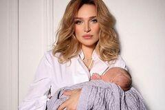 Дочь скандального нардепа Добкина впервые показала новорожденного сына