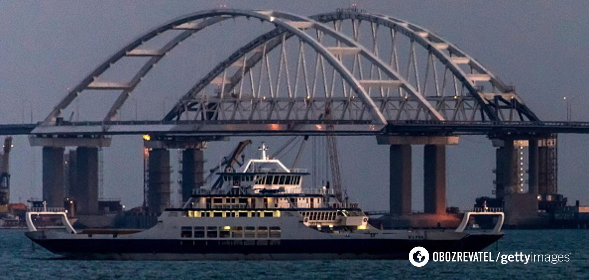 Поки стоїть: у мережу потрапили свіжі фото небезпечного Кримського моста