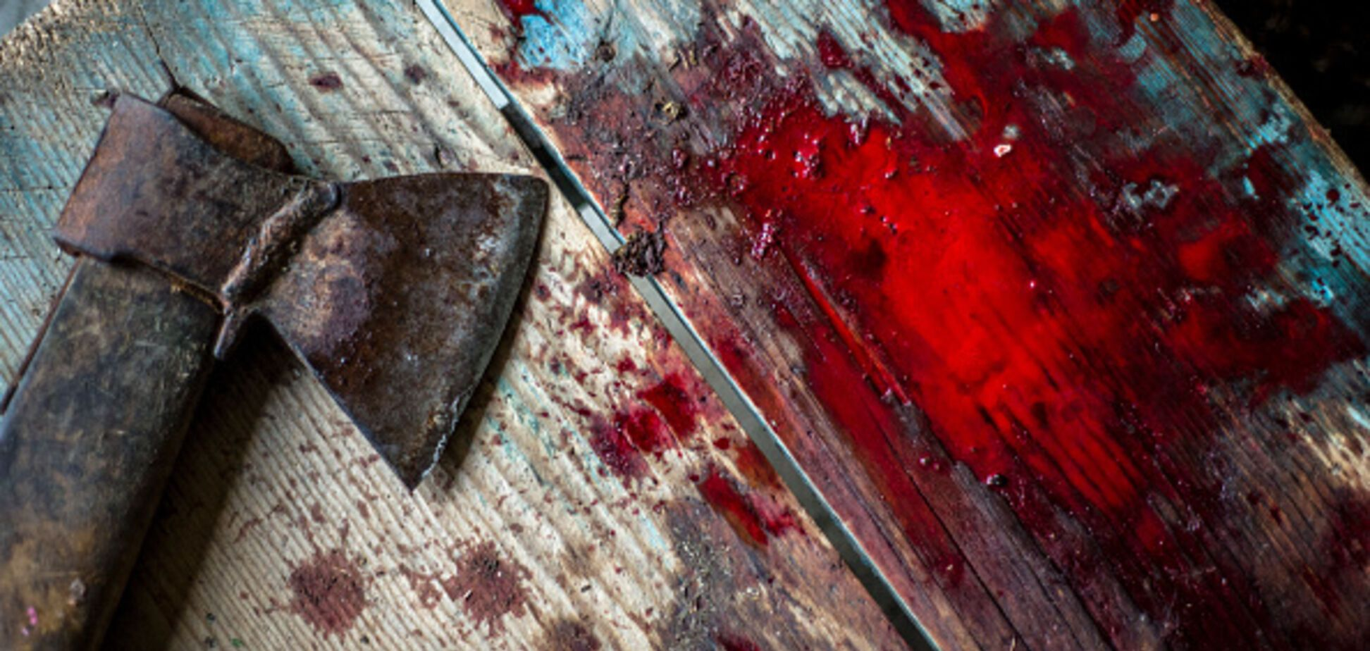 ''Мать била топором!'' Всплыли шокирующие детали жизни убитой ''девушки из чемодана''